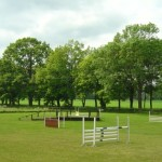 ridsport gräsbanan
